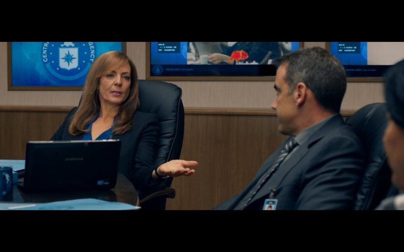 Samsung Notebook – Spy 2015 Movie Product Placement (1)
