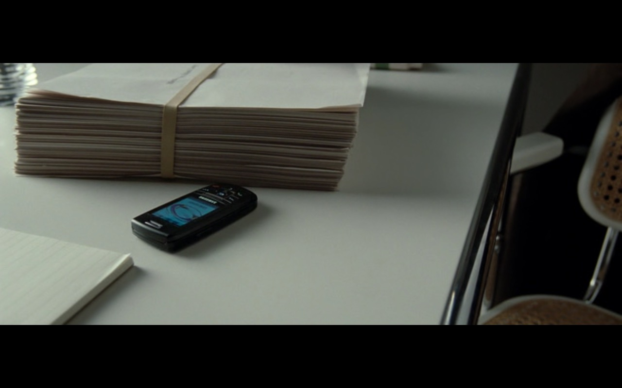 Samsung Phones – The Ghost Writer (2010) - Movie Product Placement