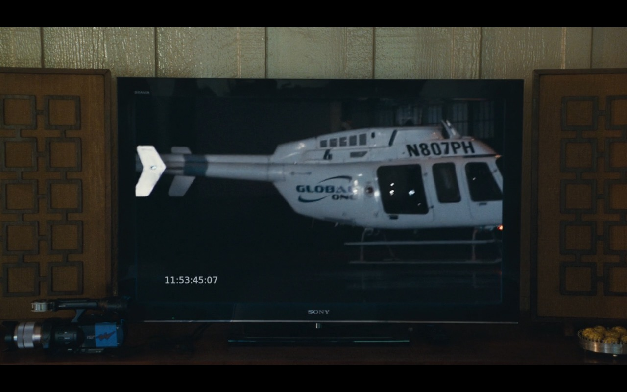 Sony TV Product Placement Example in Aloha Movie (2)
