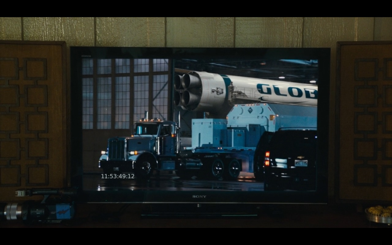 Sony TV Product Placement Example in Aloha Movie (3)