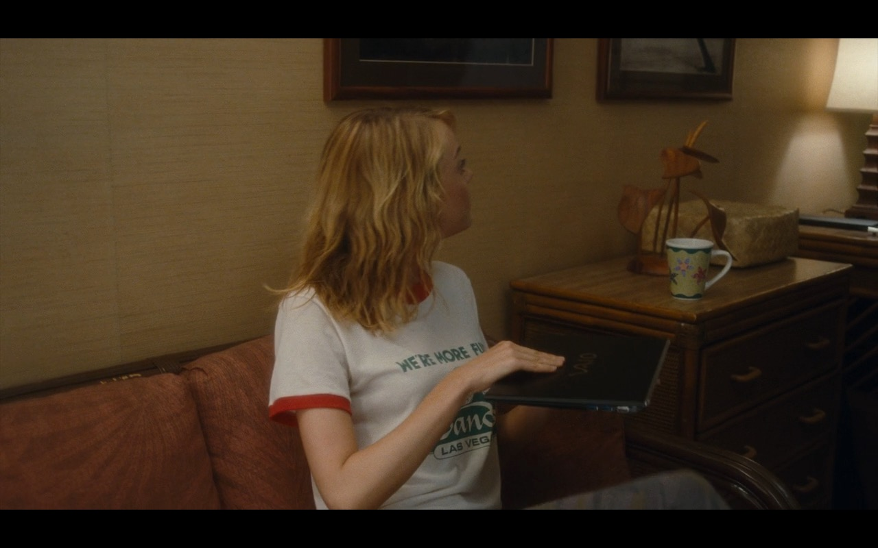 Sony VAIO Notebook - Aloha (2015) - Movie Product Placement
