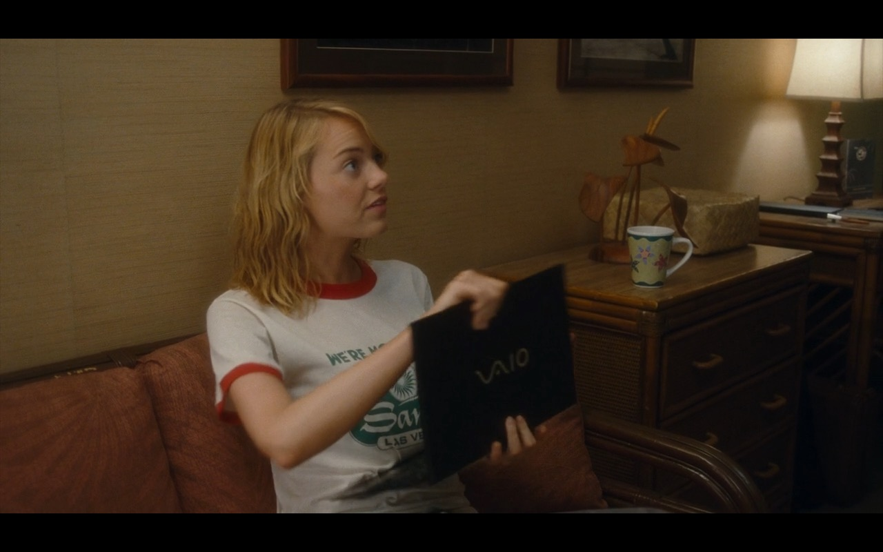 Sony VAIO Notebook - Aloha Movie Product Placement (4)