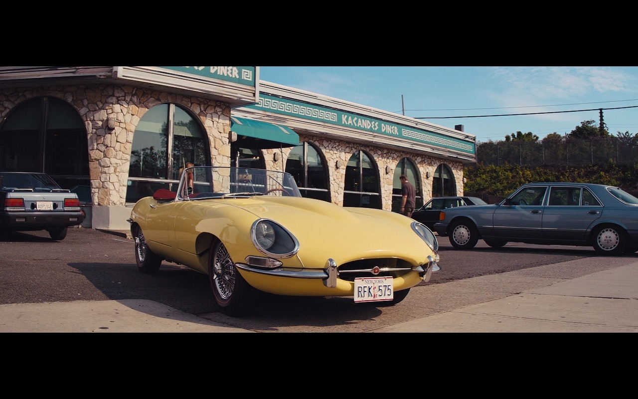 Yellow Jaguar E-Type – The Wolf of Wall Street (1)