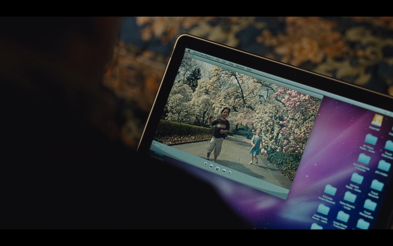 Apple Macbook Pro 15 – True Story (2015) Movie Product Placement