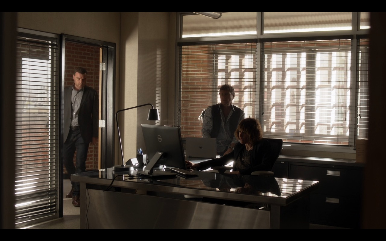 Dell Notebook + Dell Monitor - Ray Donovan  (1)