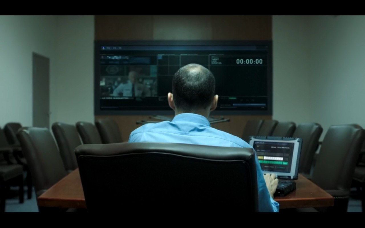 Getac Notebook - American Ultra (2015) - Movie Product Placement