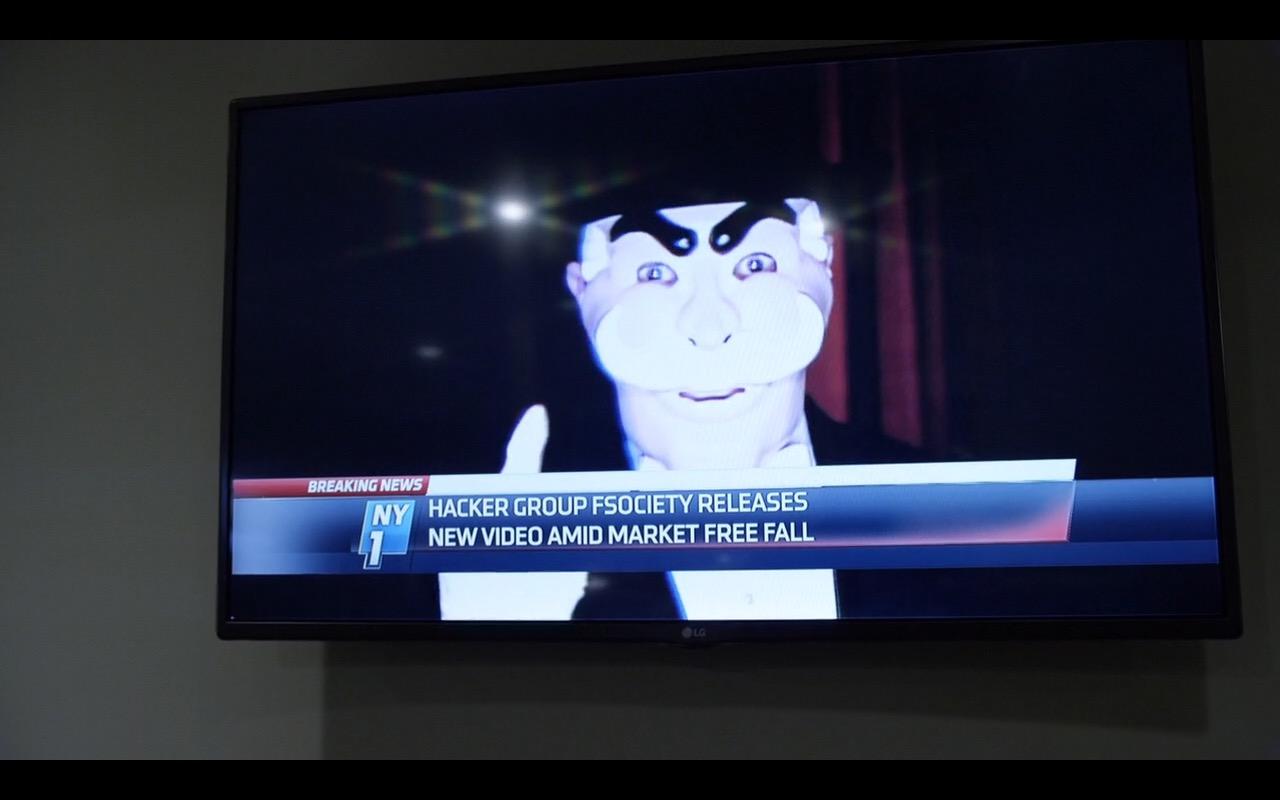 LG TV - Mr. Robot (1)
