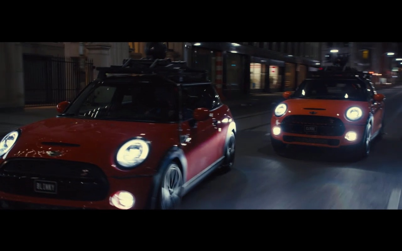 MINI Cooper Pink, Yellow, Red and Blue Cars in Pixels (2015) - Movie Product Placement