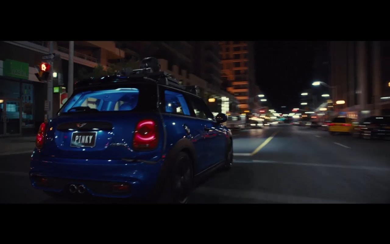 Mini Cooper Pixels 2015 Movie