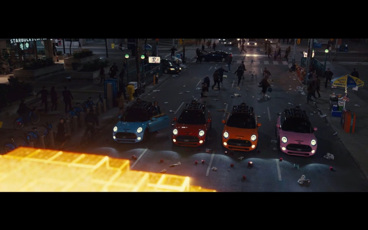 MINI Cooper - Pixels (2015) Movie Product Placement