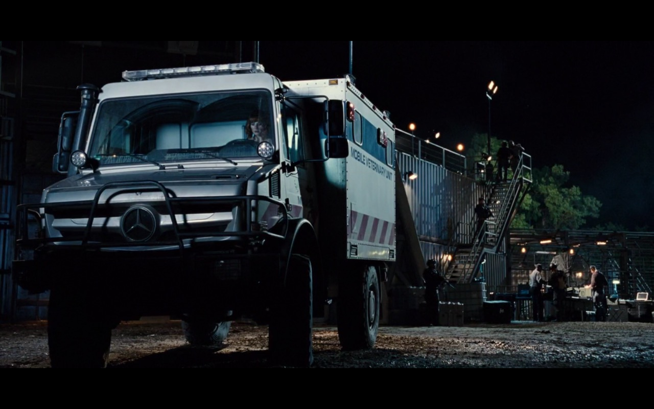 Mercedes-Benz Unimog - Jurassic World (2015) Movie Product Placement
