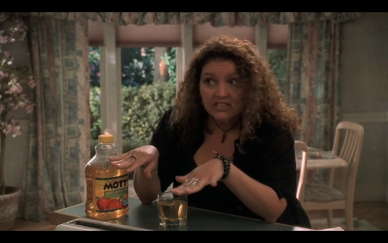 Mott's® 100% Apple Juice – The Sopranos - TV Show Product Placement