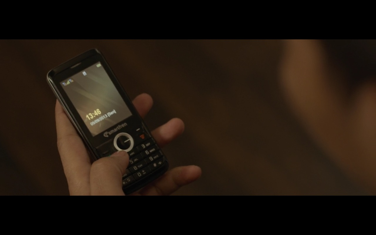 Smartfren – The Raid 2 (2014) Movie Product Placement