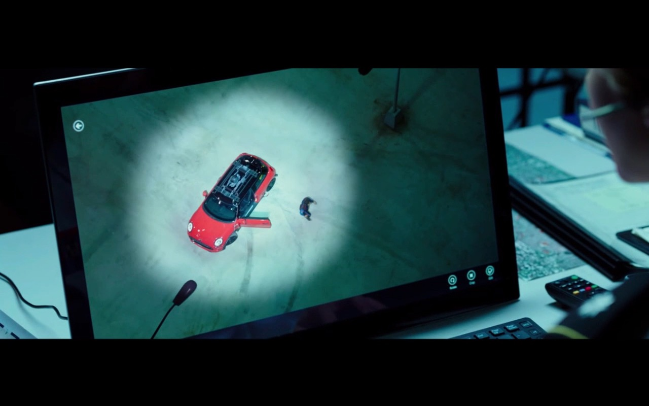 Sony VAIO Computer - Pixels (2015) Movie Product Placement