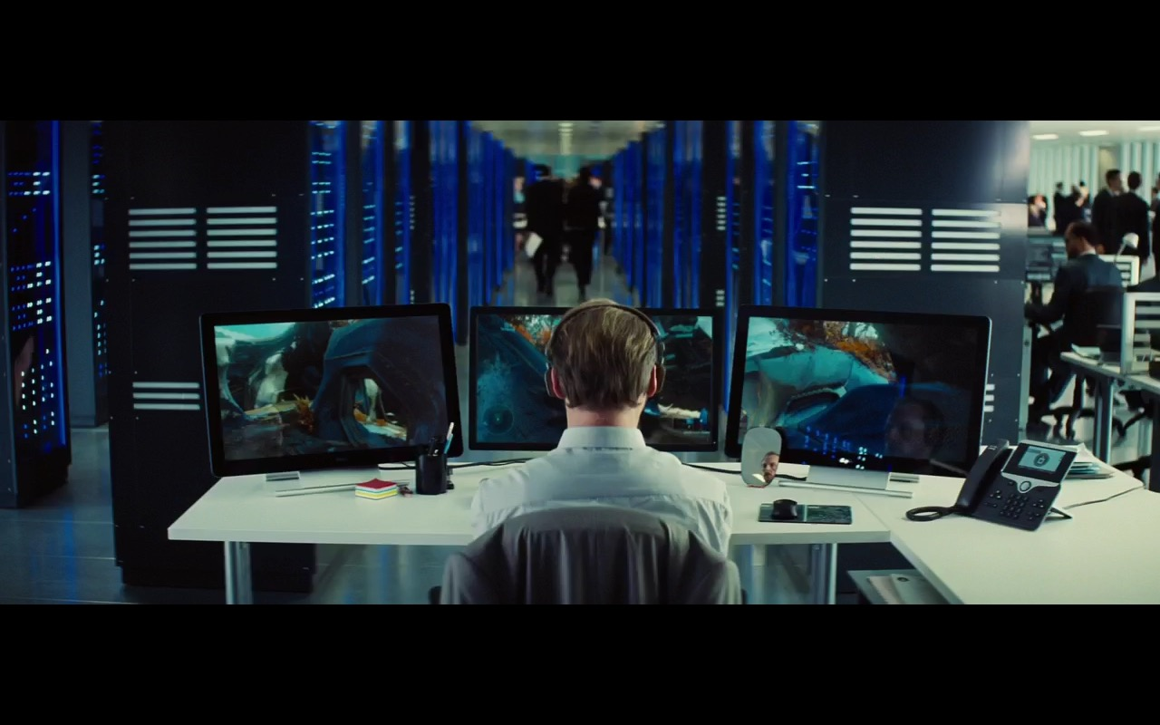 DELL Monitors and Computers - Mission: Impossible – Rogue Nation (2015) - Movie Product Placement