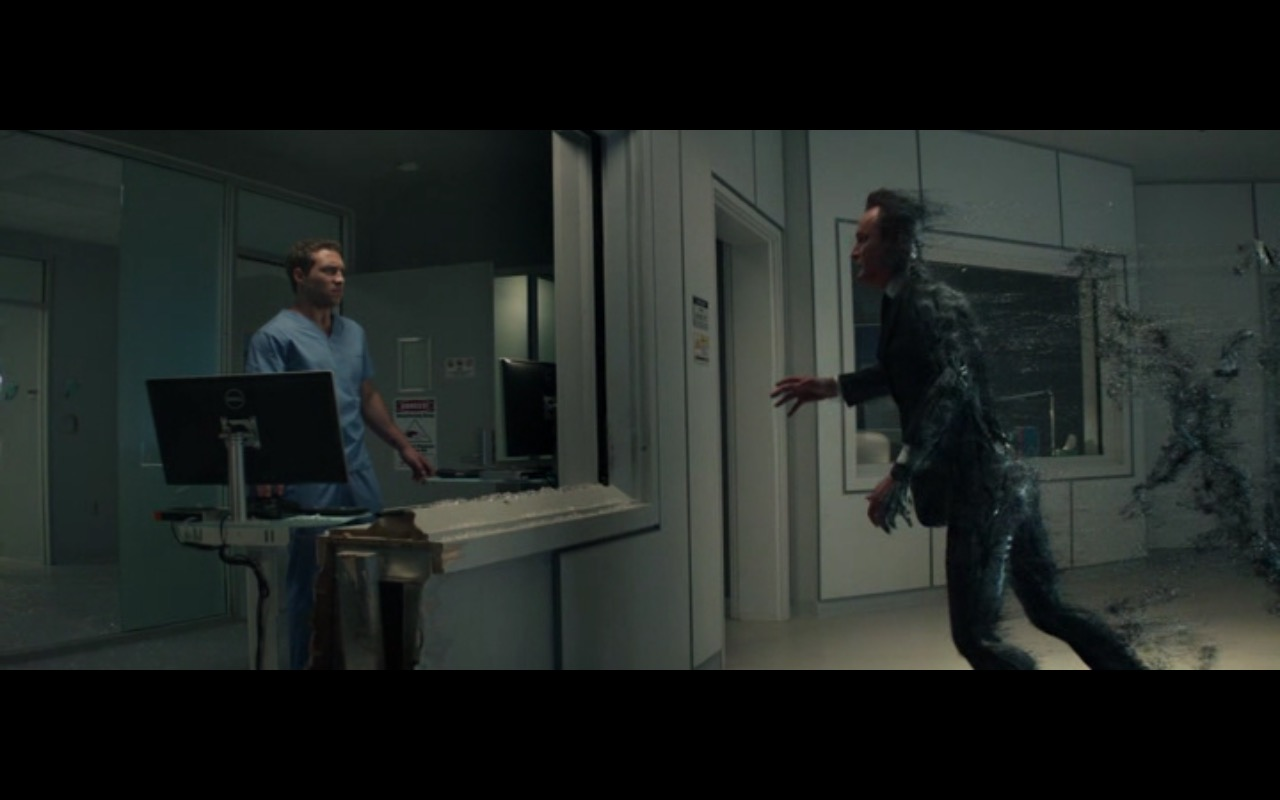 Dell Monitor – Terminator Genisys (2015) Movie Product Placement