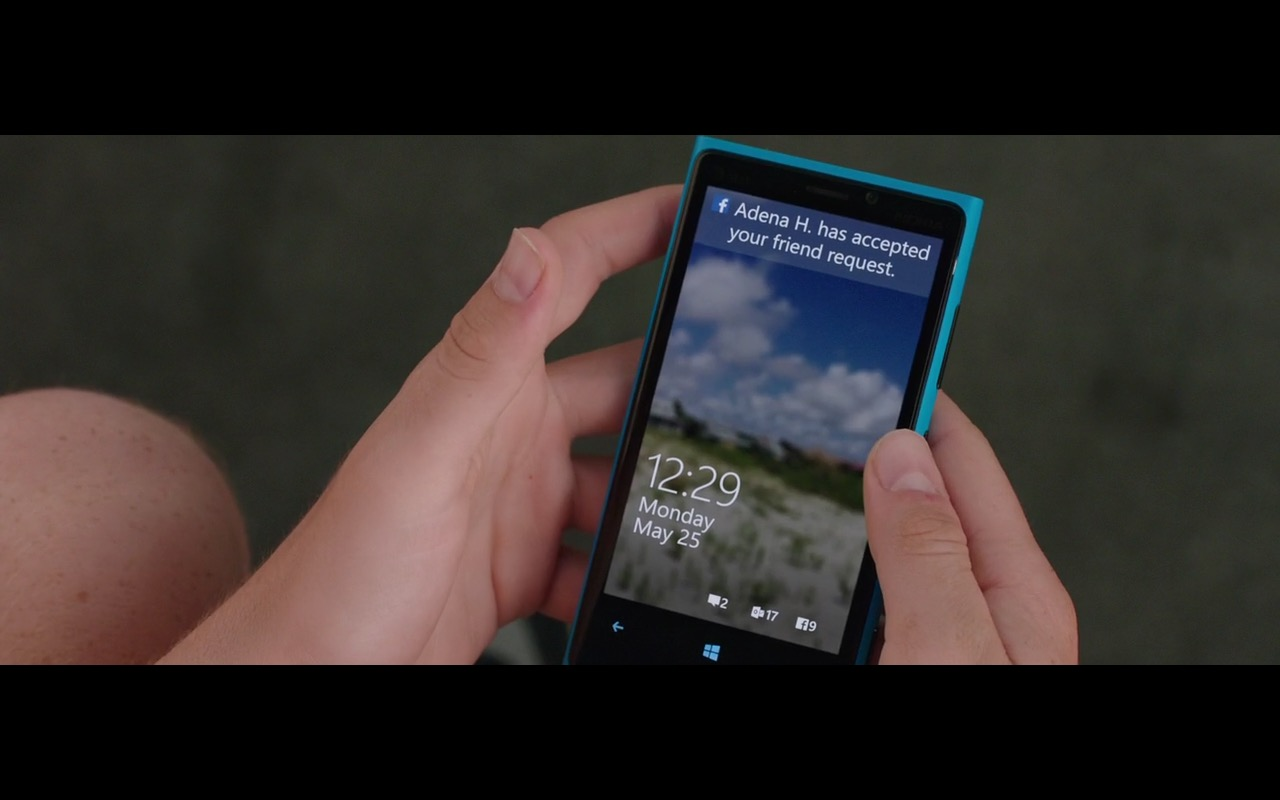 Facebook and Lumia Smartphone – Vacation (2015) Movie Product Placement