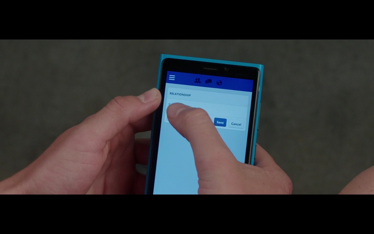 Facebook and Lumia Smartphone – Vacation (2015) - Movie Product Placement