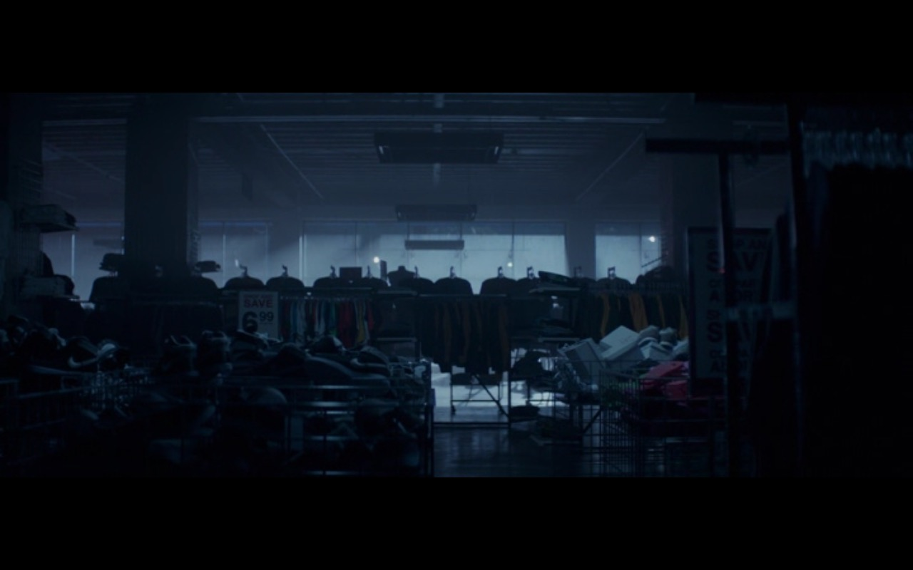 Nike Sneakers – Terminator Genisys (2015) - Movie Product Placement