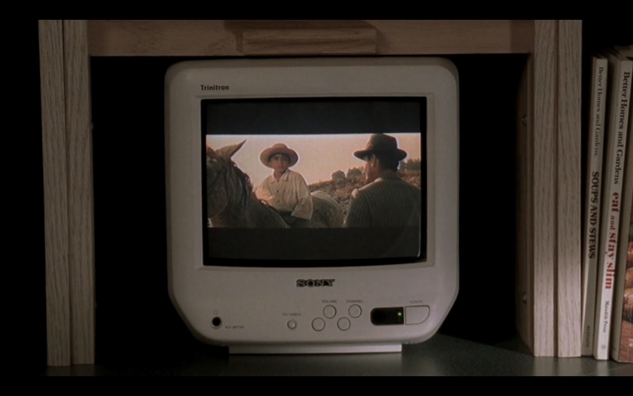 White Sony TV - The Sopranos - TV Show Product Placement