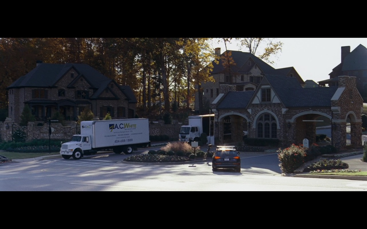 A.C. White Relocations - The Joneses (2009) Movie Product Placement