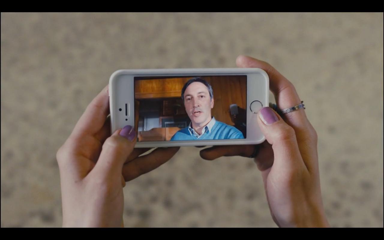 Apple iPhone 5/5s – Ash vs Evil Dead TV Show Product Placement