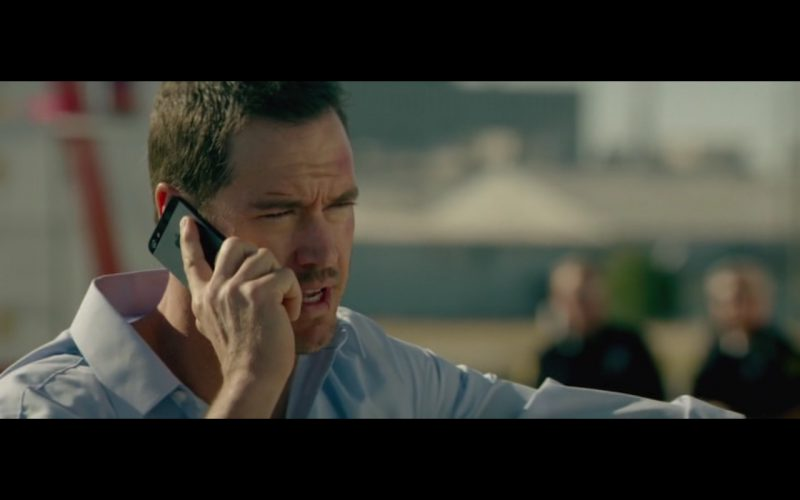 Apple iPhone 5-5S – Heist 2015 Product Placement (1)