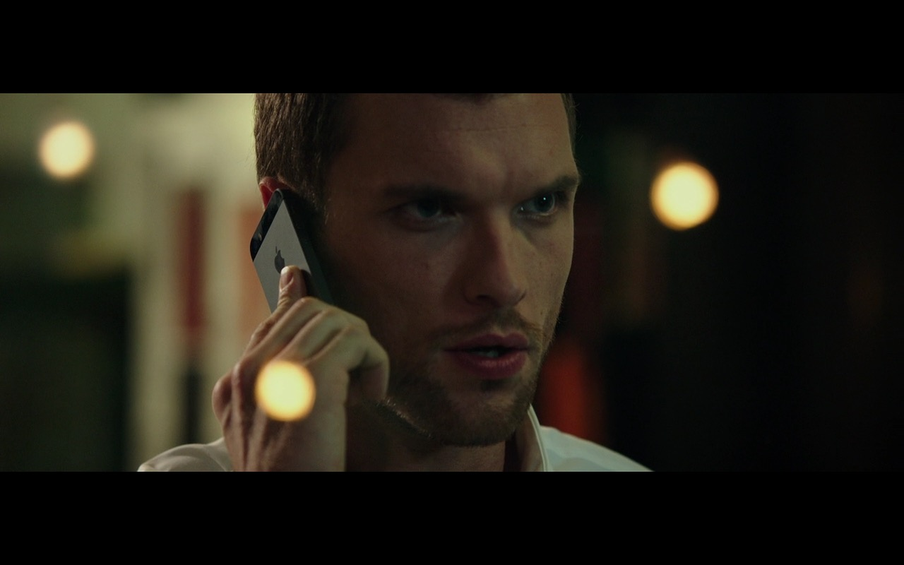 Black (Space Gray) Apple iPhone 5/5s – The Transporter Refueled (2015) Movie Product Placement