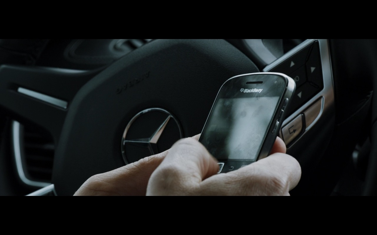 Blackberry and Mercedes-Benz Logo - Zipper (2015) Movie Product Placement