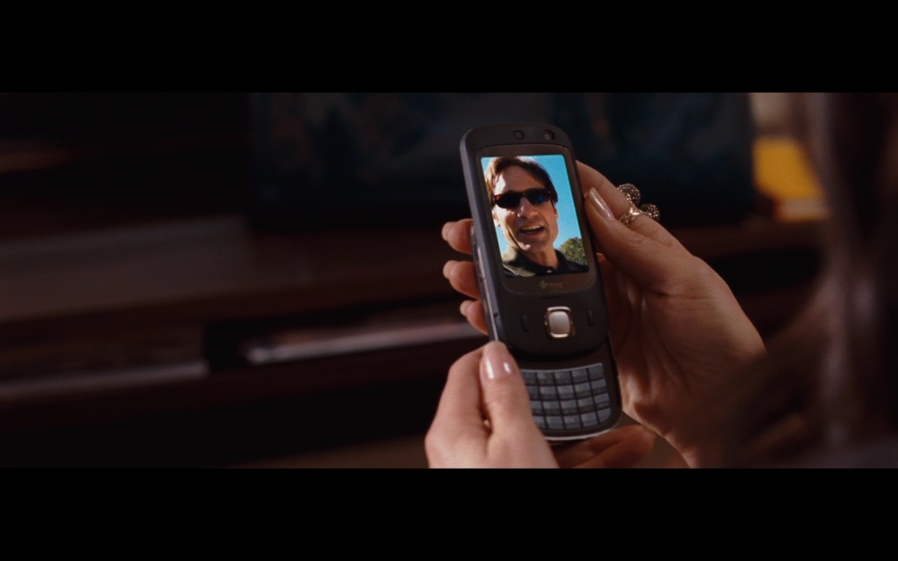 HTC Smartphone - The Joneses (2009) Movie Product Placement