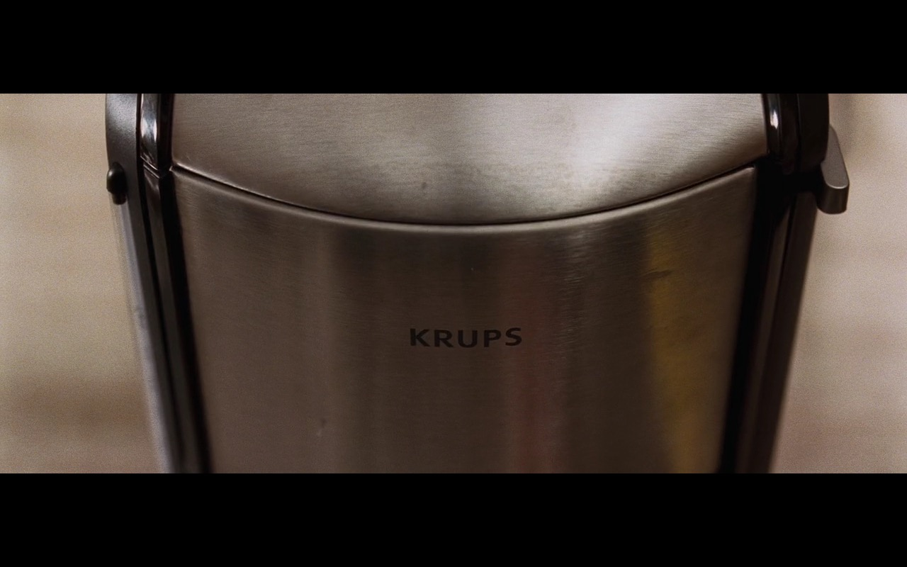 Krups – The Joneses (2009) - Movie Product Placement