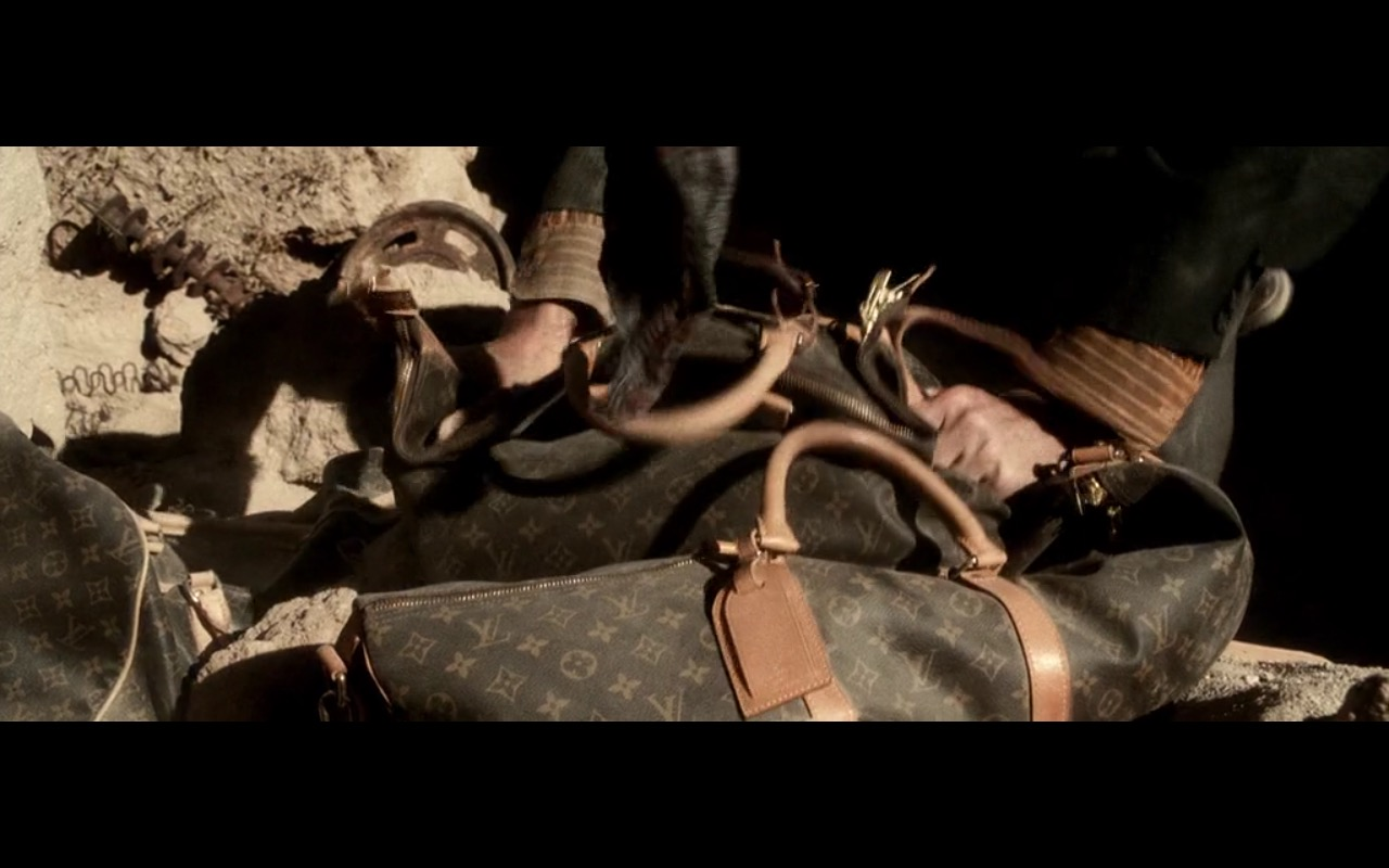 Louis Vuitton Bags - Three Kings (1999) Movie Product Placement