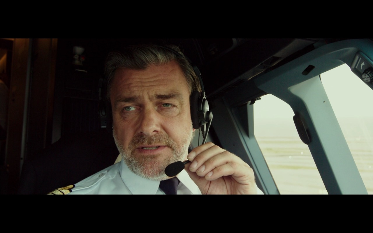 Sennheiser Aviation Headsets – The Transporter Refueled 2015 (2)