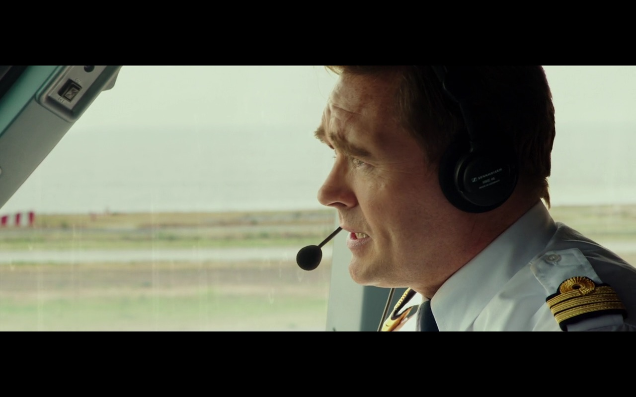 Sennheiser Aviation Headsets – The Transporter Refueled 2015 (4)