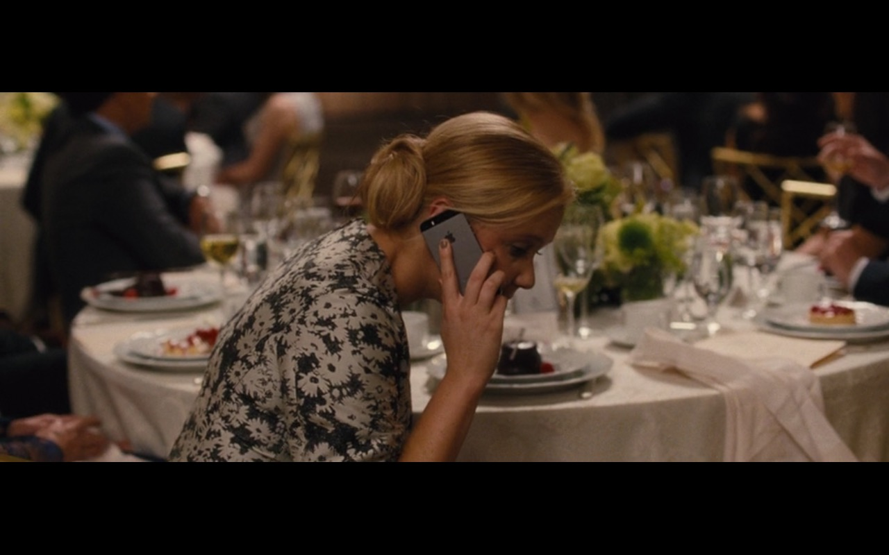 Apple iPhone 5/5S – Trainwreck (2015) Movie Product Placement