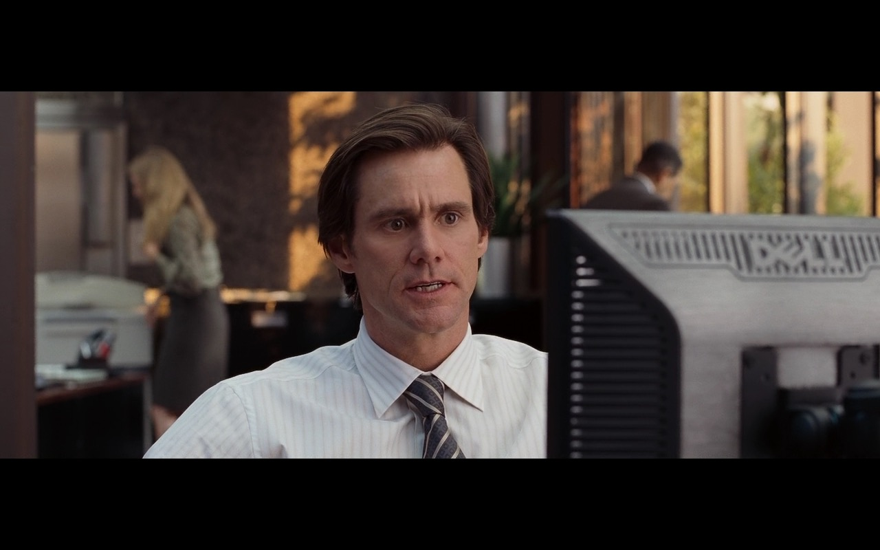 Dell Computer Monitors in Yes Man (2008) Movie Product Placement