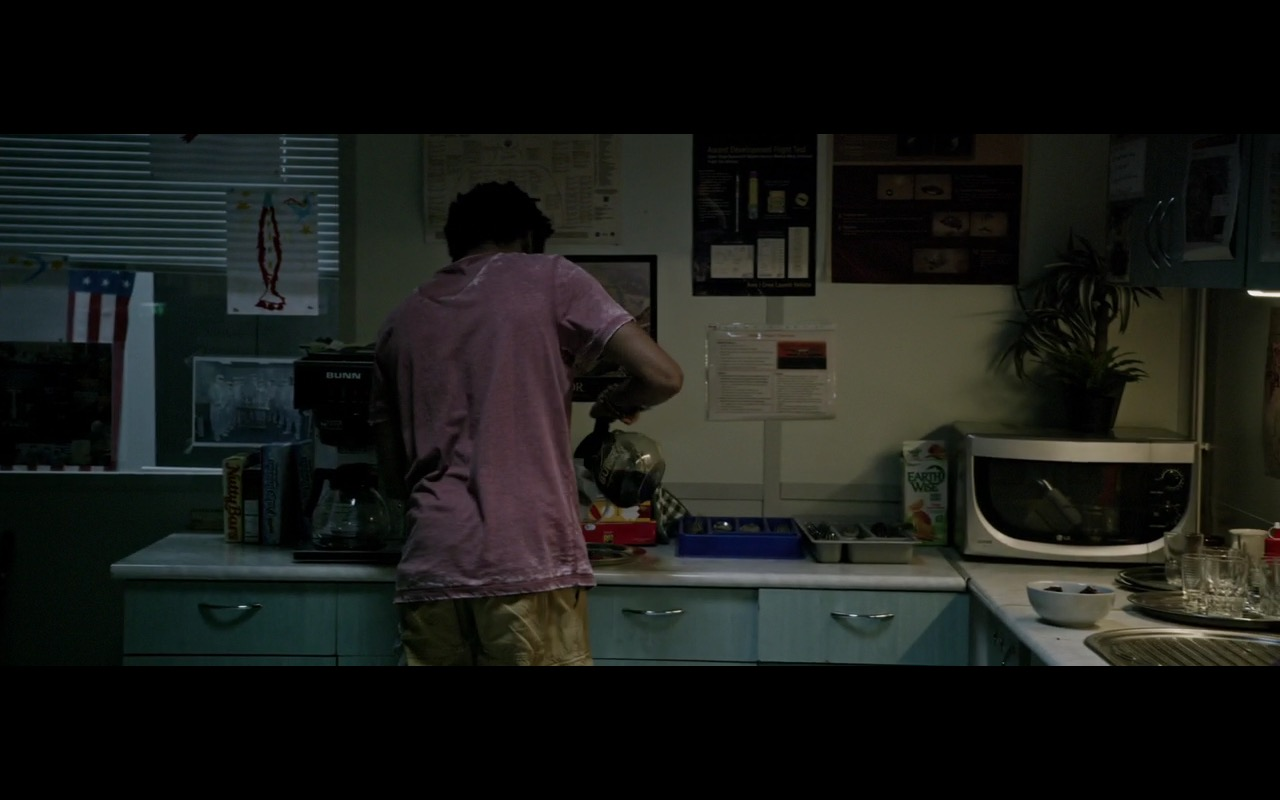 Earth Wise Juice and LG microwave - The Martian (2015) Movie Product Placement