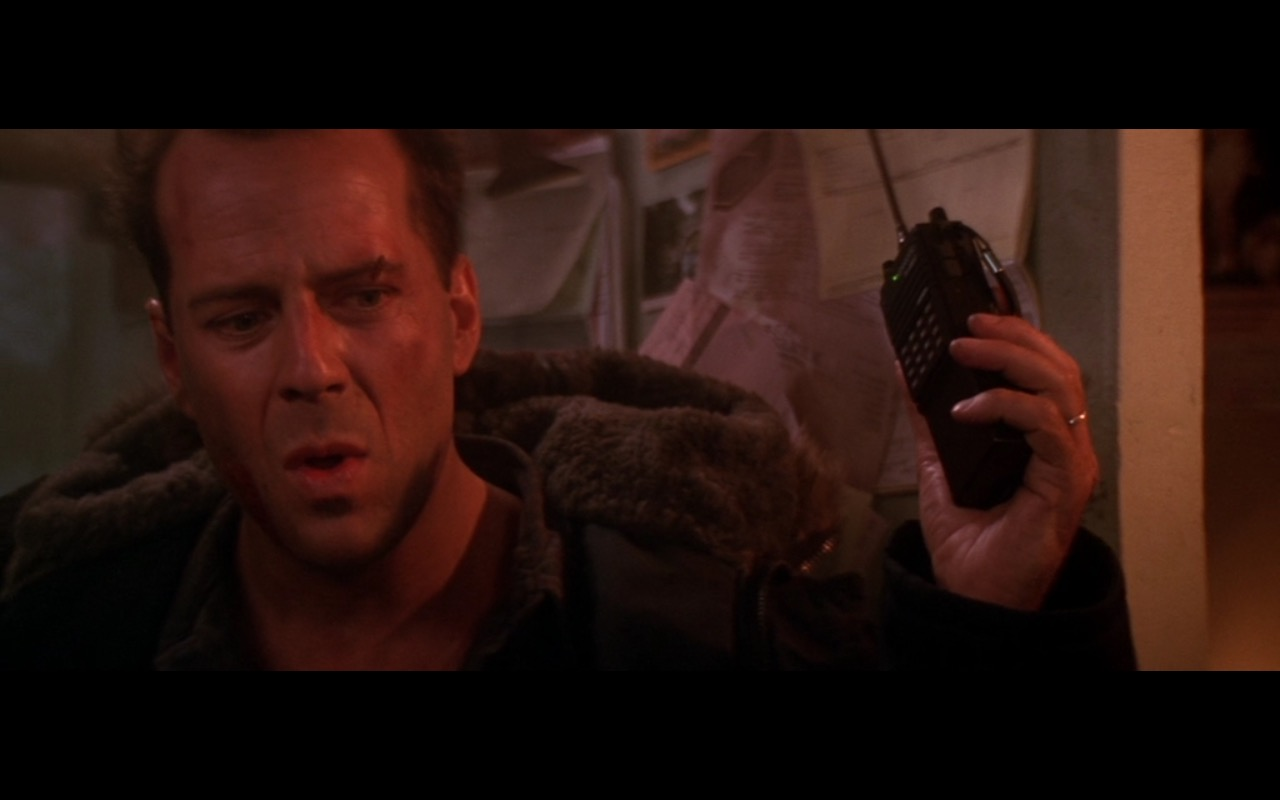 Kenwood TH-45AT Transceiver – Die Hard 2 (1990) Movie Product Placement