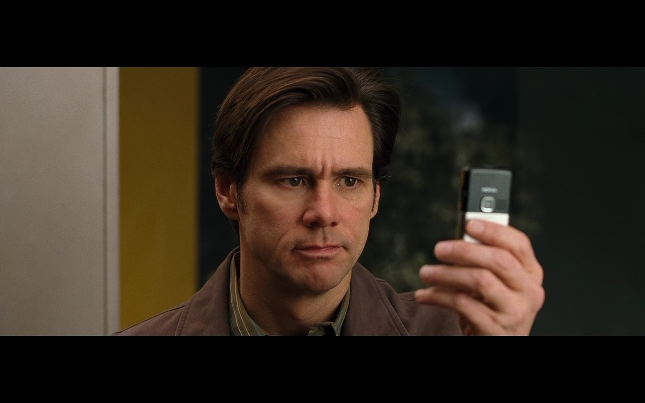 Nokia Phone – Yes Man 2008 product placement (1)