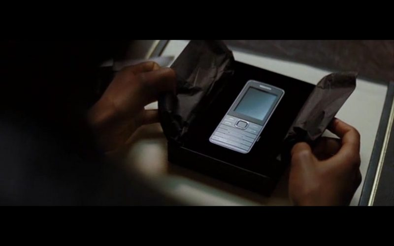 Samsung S5610 Phone - Spectre (2015) Movie Product Placement