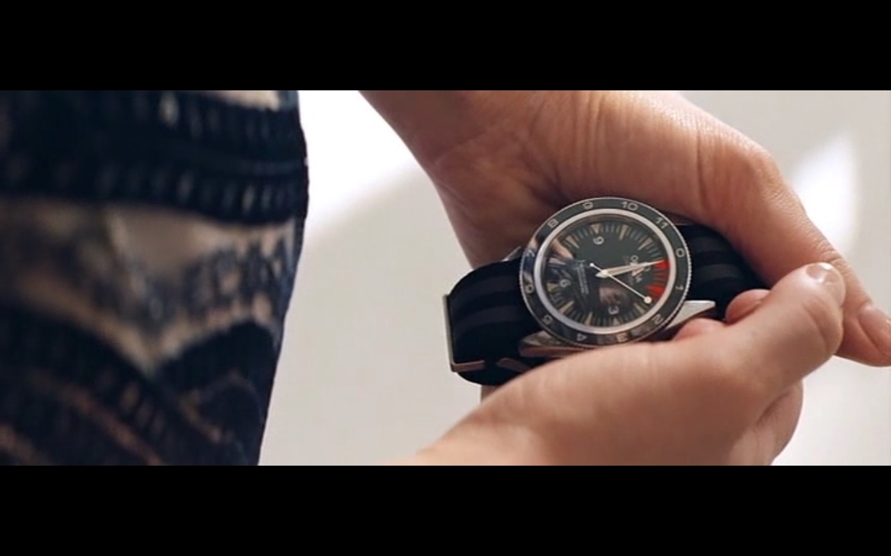 Omega seamaster 300 watches spectre 2015 movie scenes for Jason statham rolex explorer