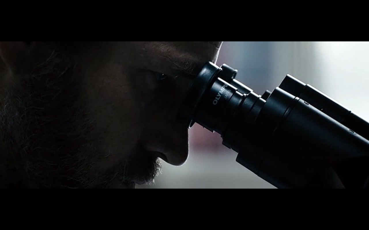 Olympus Microscope - Concussion (2015) Movie Product Placement