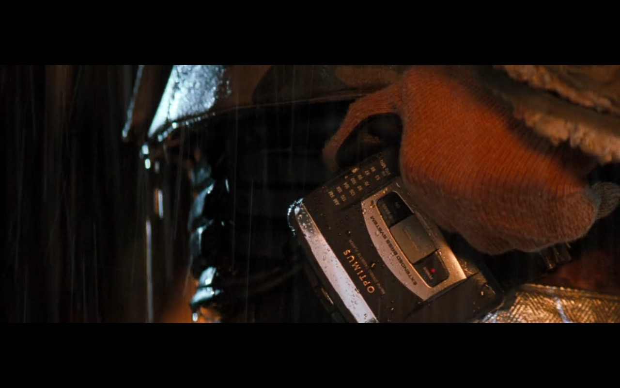 Optimus Stereo Cassette Player - Lethal Weapon 4 (1998) Movie Product Placement