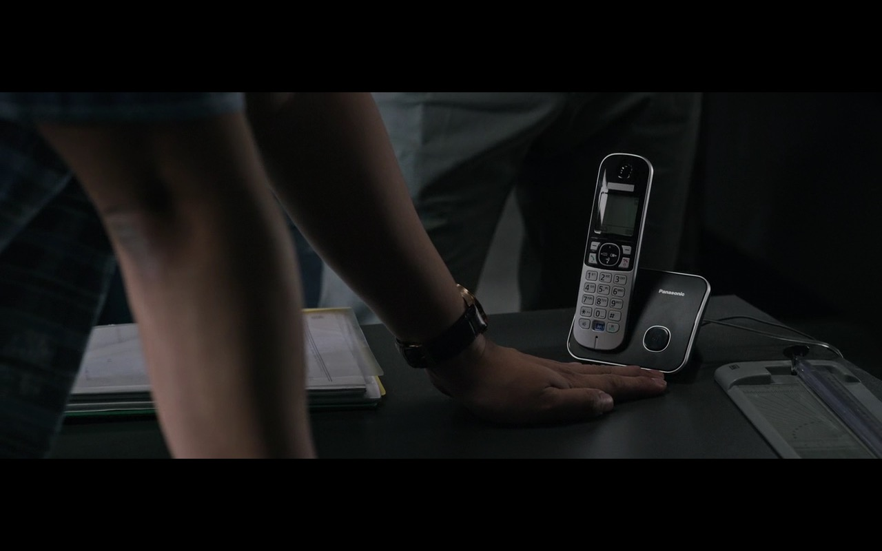 Panasonic Phone – The Martian (2015) Movie Product Placement