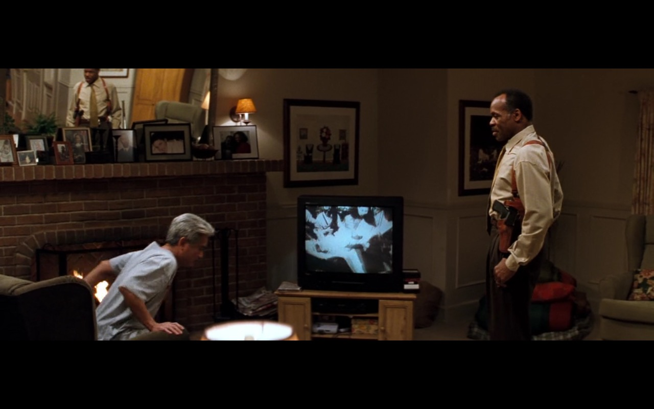 RCA TV – Lethal Weapon 4 (1998) Movie Product Placement