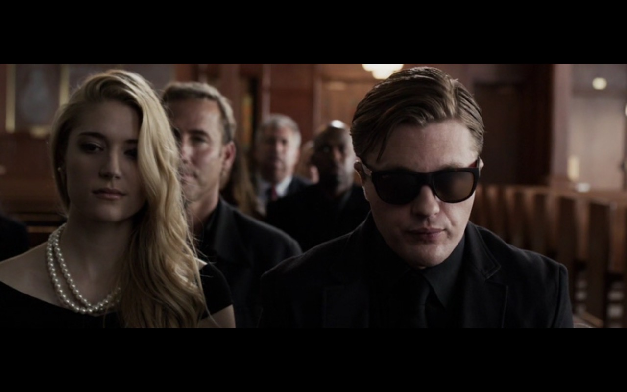 Ray-Ban Sunglasses – Criminal Activities (2015) Movie Product Placement