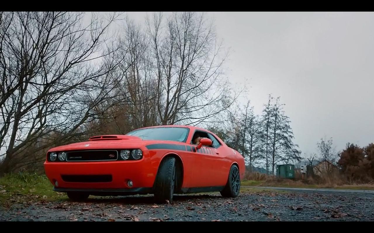 Red Dodge Challenger – Ash Vs. Evil Dead (4)