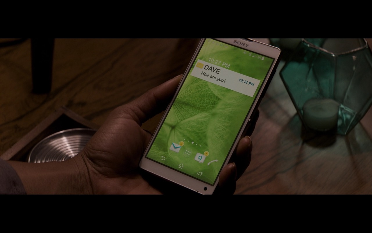 Sony White Smartphone – The Perfect Guy (2015) Movie Product Placement