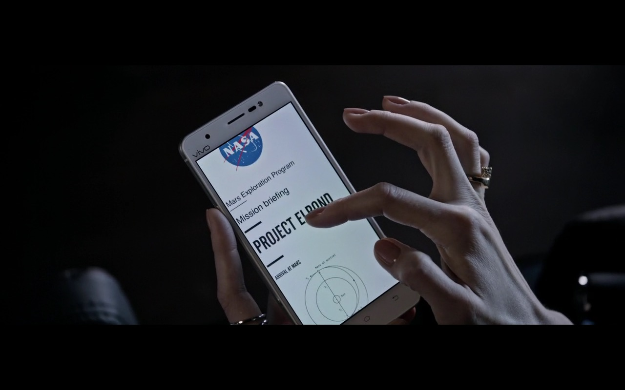 Vivo Smartphone - The Martian (2015) Movie Product Placement