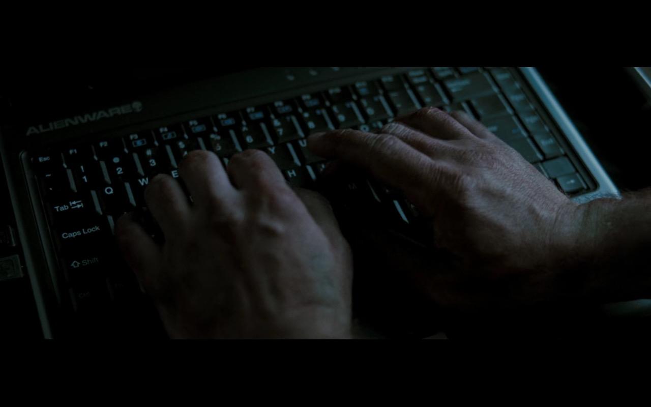 Alienware Laptop - Live Free or Die Hard 2007 (1)